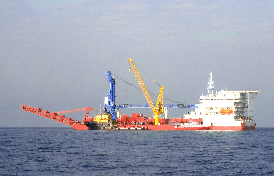 DP2 Pipelay Barge for Sale or Charter