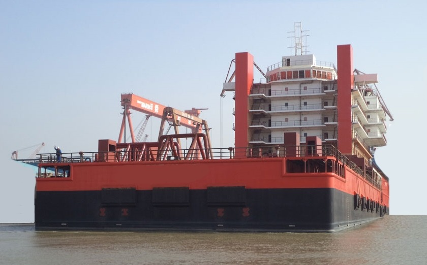 500 Accommodation Work Barge for Charter