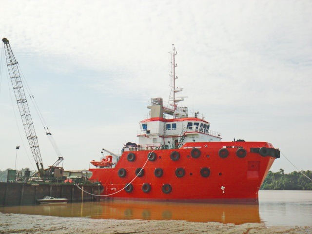 51M ANCHOR HANDLING / TOWING TUG FOR SALE OR CHARTER