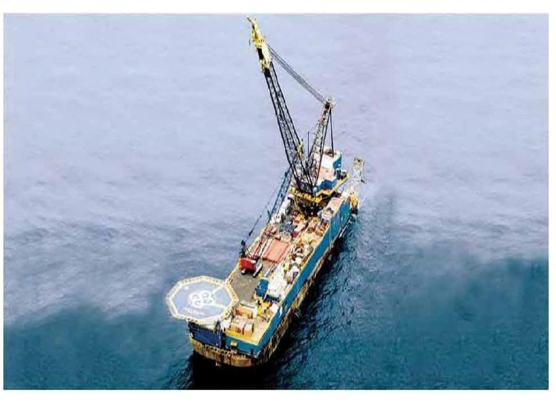 Derrick Pipelay Barge For Charter or Sale
